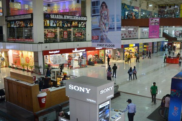 100000 SQ.FT. PRE-LEASED PROPERTY FOR SALE IN GHAZIABAD