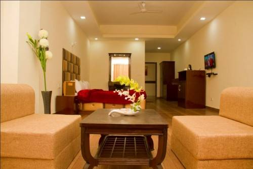 20 ROOM HERITAGE HOTEL FOR SALE IN MUSSOORIE