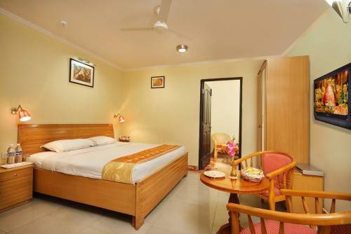 52 ROOM HOTEL AVAILABLE FOR SALE IN HARIDWAR