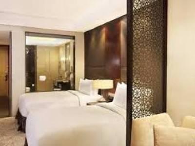 5 STAR HOTEL FOR SALE IN EAST DELHI DELHI