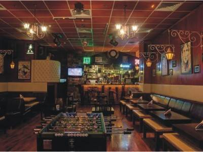 1800 SQ.FT. LOUNGE BAR GOLF COURSE
