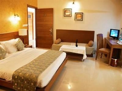 HOTEL FOR SALE IN PAHAR GUNJ, NEW DELHI