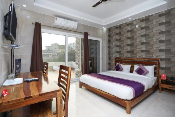 Hotel for sale  in Noida