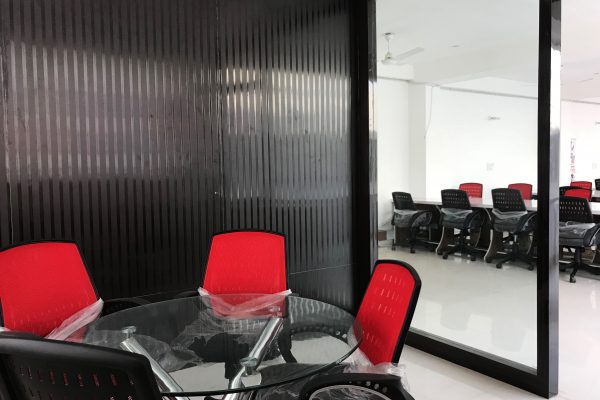PLUG N PLAY OFFICE SPACE FOR LEASE IN DELHI